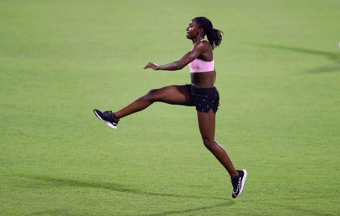 la velocista británica dina asher smith durante uno de sus entrenamientos