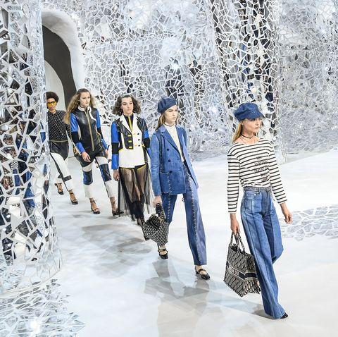 Christian Dior : Runway - Paris Fashion Week Womenswear Spring/Summer 2018