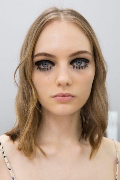Face, Hair, Eyebrow, Lip, Hairstyle, Forehead, Skin, Chin, Blond, Cheek,