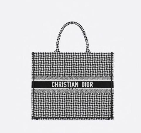 Bag, Handbag, Fashion accessory, Font, Material property, Tote bag, Black-and-white, Style,