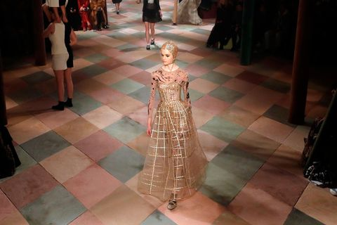 00a4d8b68a The Dior couture catwalk was filled with performing acrobats