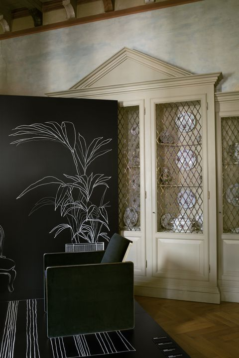 Interior design, Room, Furniture, Wall, Architecture, Floor, House, Tree, Design, Ceiling,