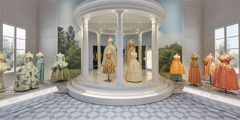 Dior designer of dreams exhibition