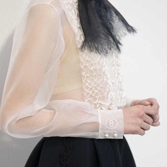 nuovo concetto ceb43 bd169 Moda Donna 2019: 8 modi per indossare la camicia a primavera