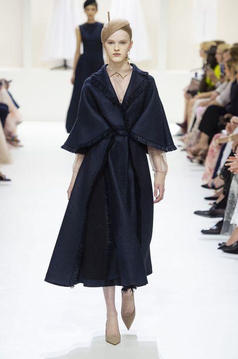 Fashion, Fashion model, Fashion show, Runway, Clothing, Haute couture, Outerwear, Human, Shoulder, Event,
