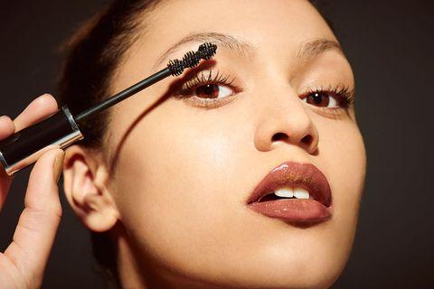 Face, Eyebrow, Eyelash, Lip, Eye shadow, Cheek, Eye, Mascara, Beauty, Skin,