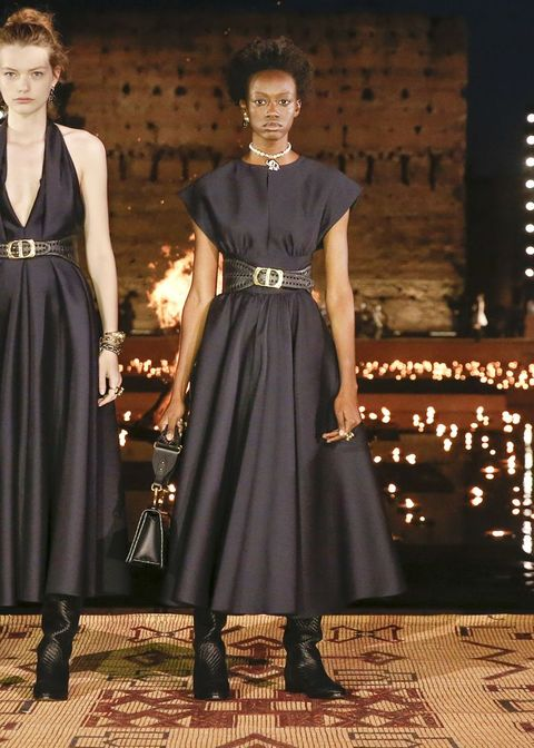 Fashion model, Fashion, Clothing, Dress, Runway, Fashion show, Haute couture, Fashion design, Little black dress, Event,
