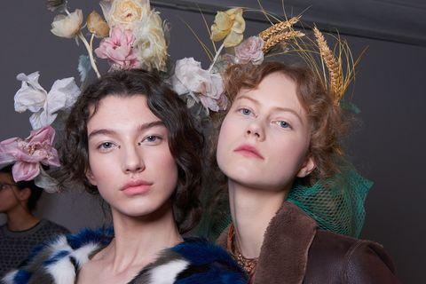 Face, Nose, Hair accessory, Headgear, Iris, Headpiece, Fashion, Eyelash, Natural material, Fur,