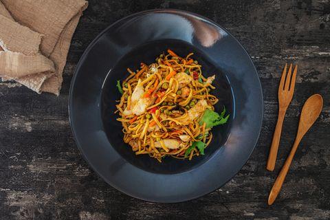 Recept voor koolhydraten stapelen - Noodles met groente en ei