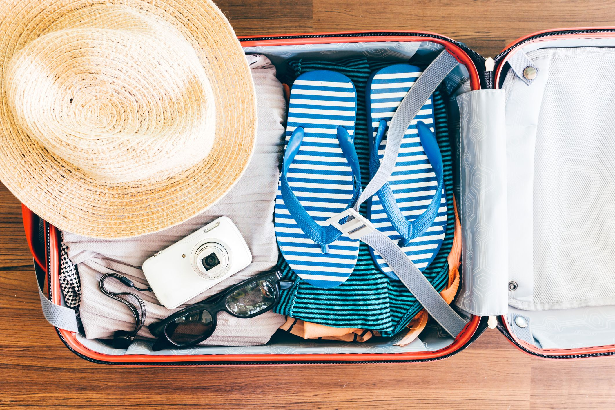 14 Best Packing Tips From Travel Experts Suitcase Packing Tips And Tricks