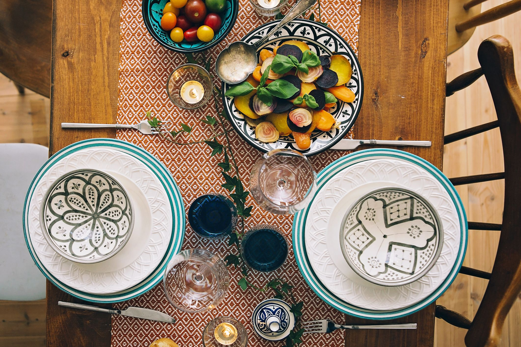 23 Beautiful Items to Decorate Your Thanksgiving Table