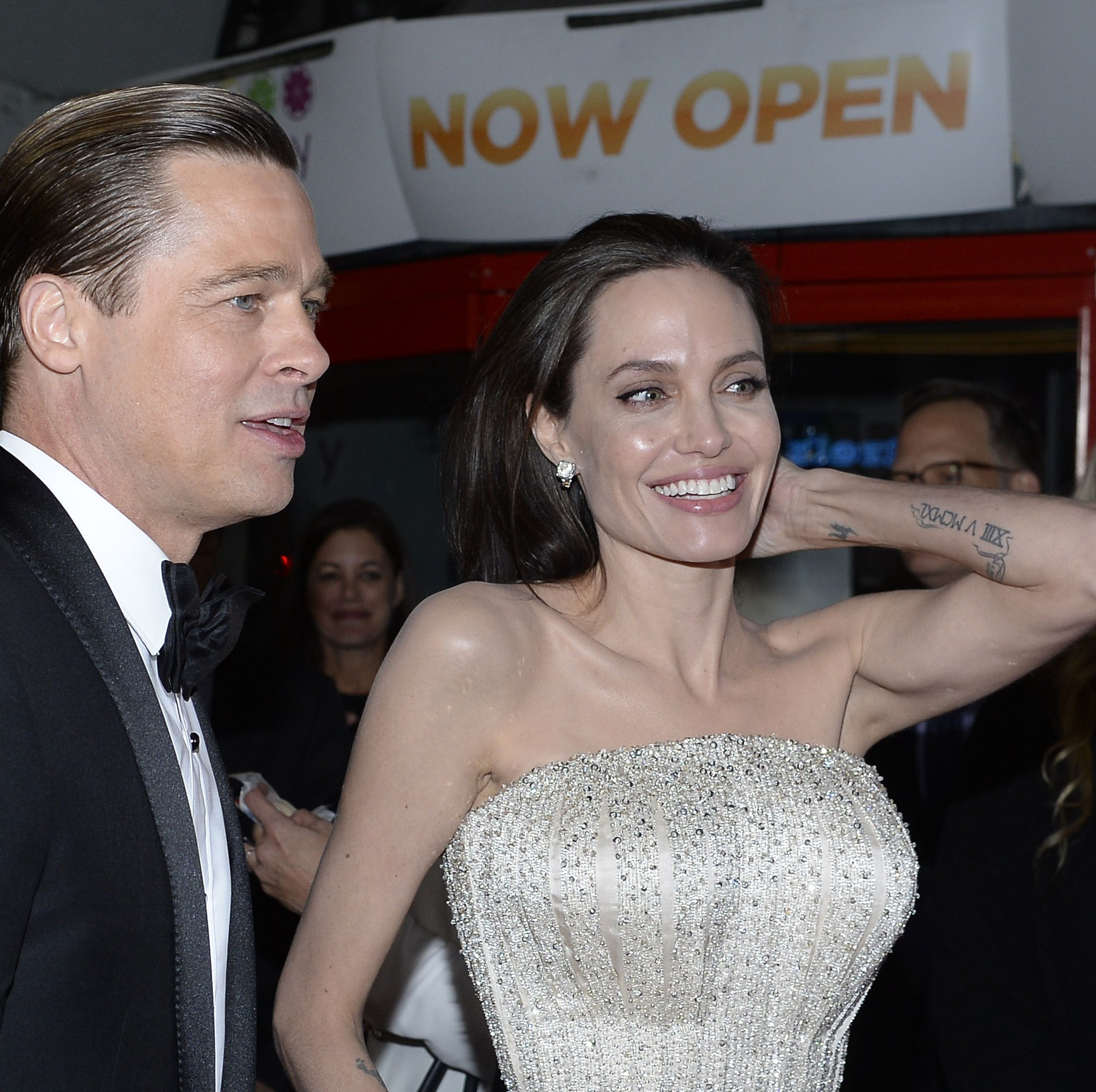 Angelina Jolie and Brad Pitt Are Negotiating Legal Single Status