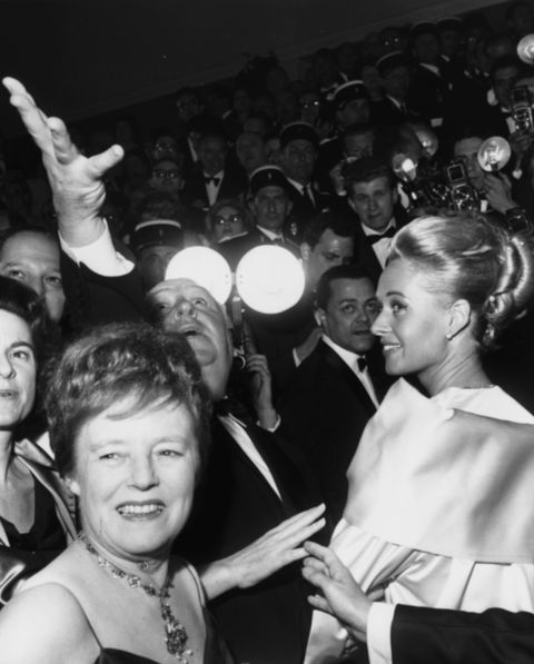 alfred hitchcock and tippi hedren at the birds horror movie premiere