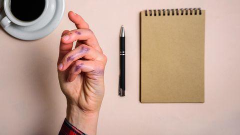 linkerhand zit onder de inkt