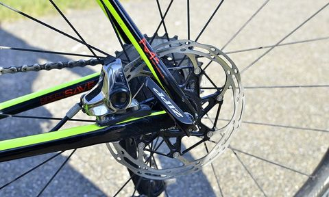 Bicycle wheel, Bicycle part, Bicycle tire, Bicycle, Spoke, Bicycle drivetrain part, Vehicle, Wheel, Rim, Hub gear,