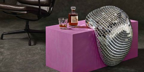 Purple, Table, Furniture, Pink, Violet, Material property, Magenta, Coffee table, Tablecloth,