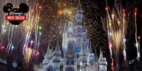 Fireworks, Landmark, Light, New Years Day, Event, New year, New year's eve, Holiday, Fête, Architecture,