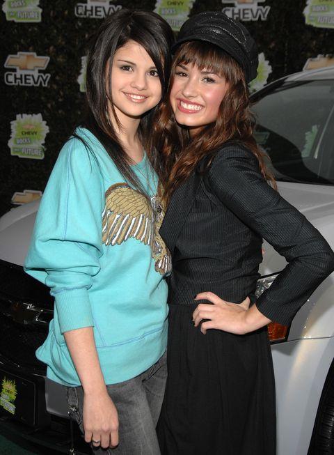 Disney Channel Feuds Selena Gomez Demi Lovato