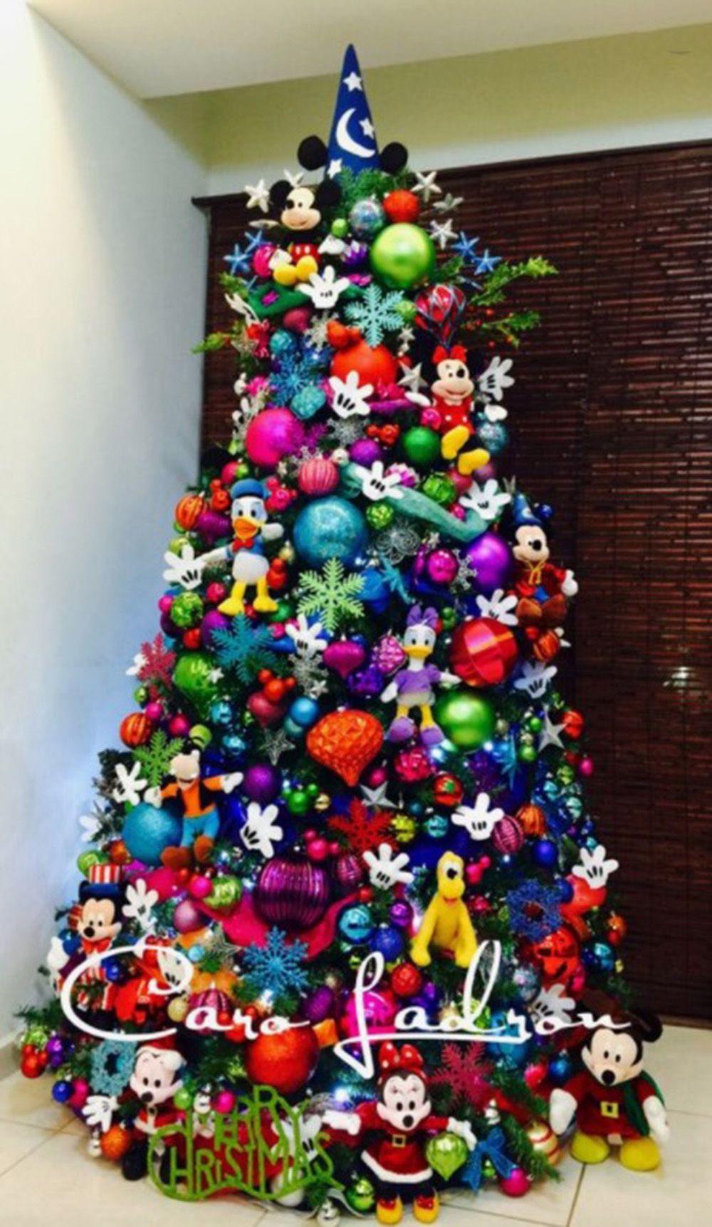 How To Throw A Disney Christmas Party Disney Party Pinterest Ideas