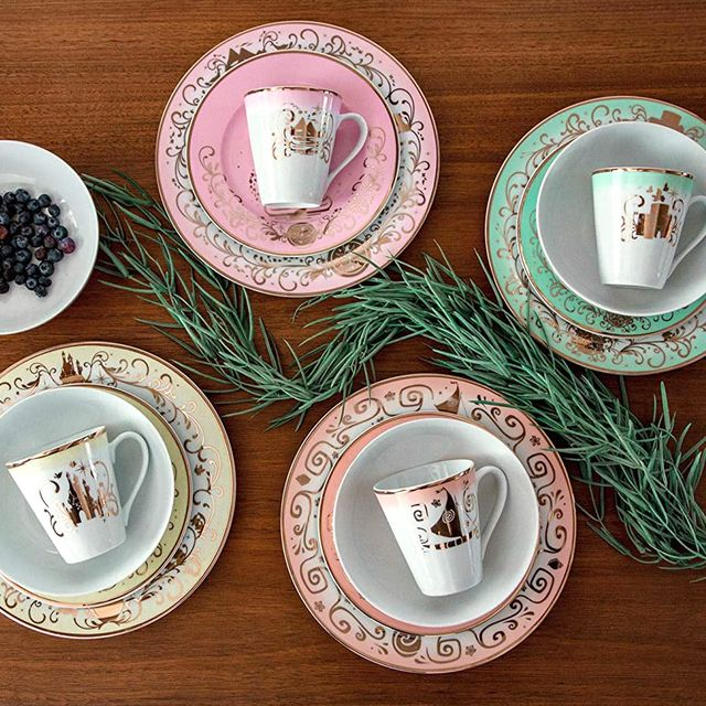 disney 16 piece princess dinnerware set collection three