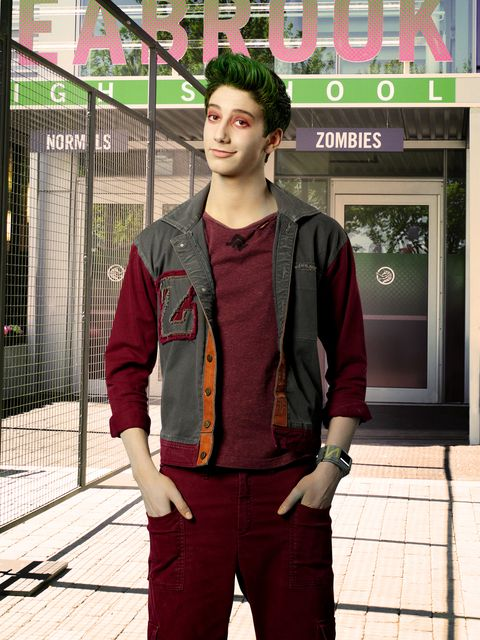 Disney S Zombies Stars Milo Manheim And Meg Donnelly Share Behind The Scenes Details In New Interview