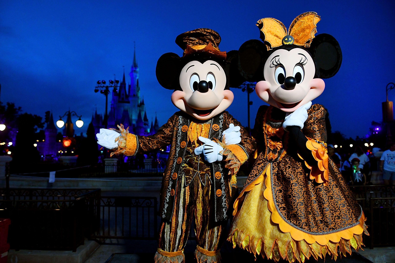Disney Halloween Pictures.35 Photos Of Disney World At Halloween Disney Halloween Photos