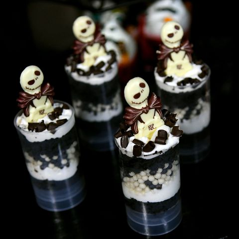 disney world halloween photos skeleton sweets