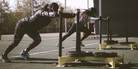 Waarom sporten met vriendinnen super gezond is