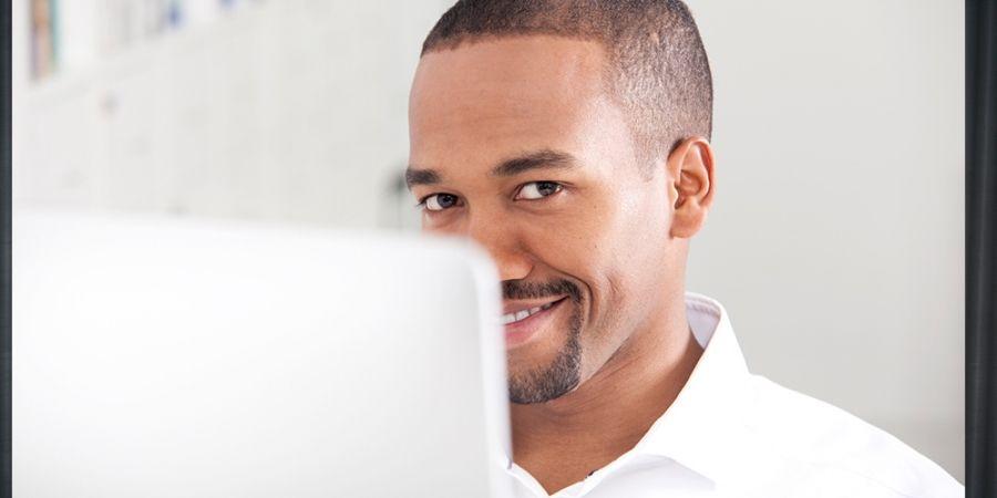 stiekem dating mijn manager beste eerste vraag voor online dating