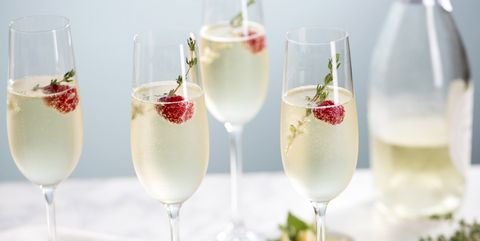 Champagne cocktail, Drink, Food, Non-alcoholic beverage, Alcoholic beverage, Champagne stemware, Fizz, Cocktail, Batida, Champagne,