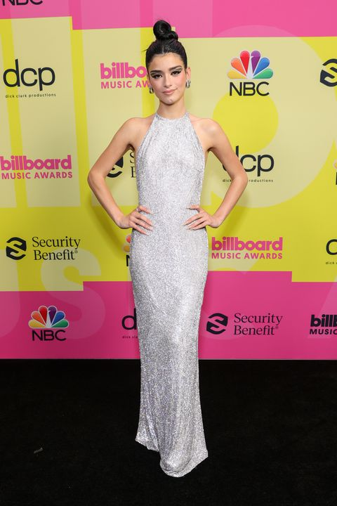 dixie d'amelio at the 2021 billboard music awards