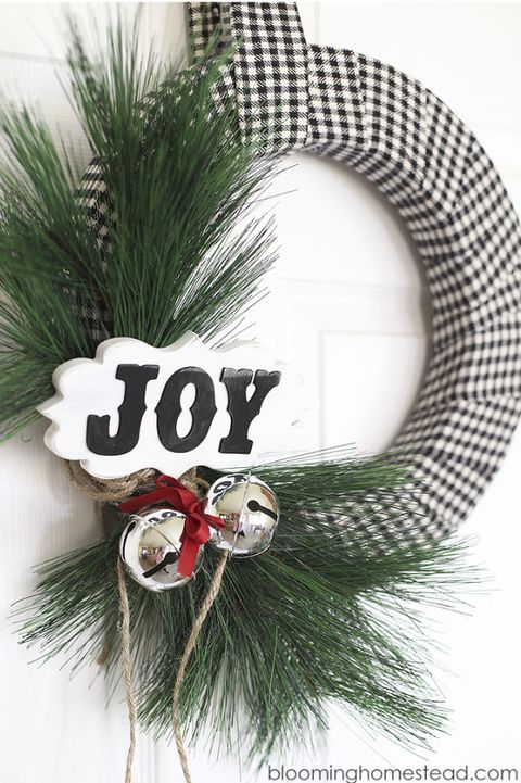 christmas diy wreaths buffalo print