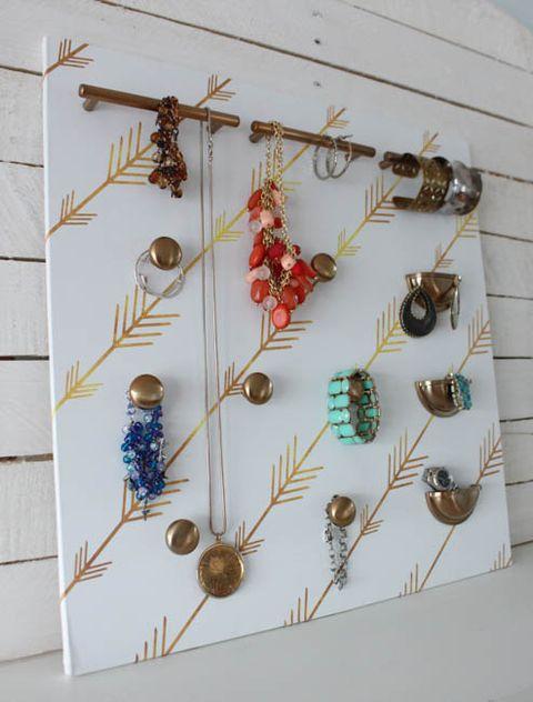 diy jewelry storage idea