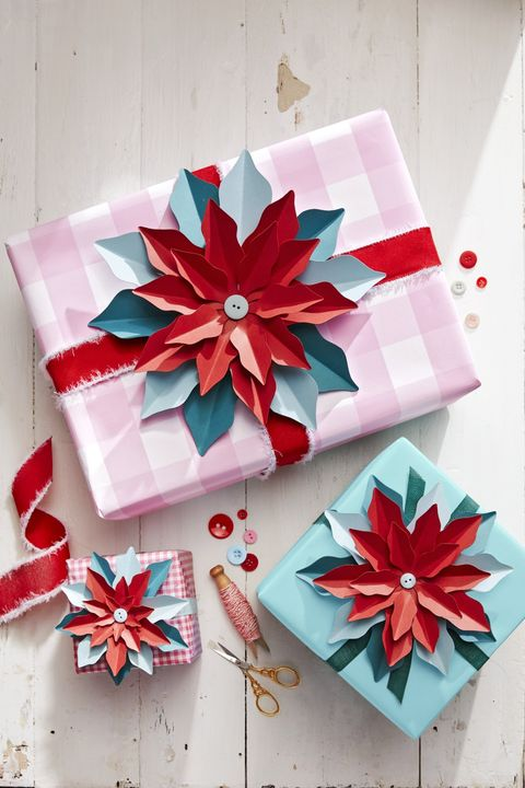 DIY Christmas Crafts Paper Poinsettia