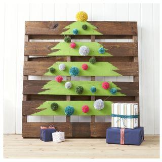33 diy advent calendar ideas homemade christmas advent calendars diy christmas decorations solutioingenieria Choice Image