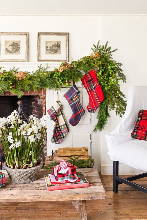plaid christmas decor