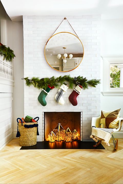 diy holiday decor for fireplace