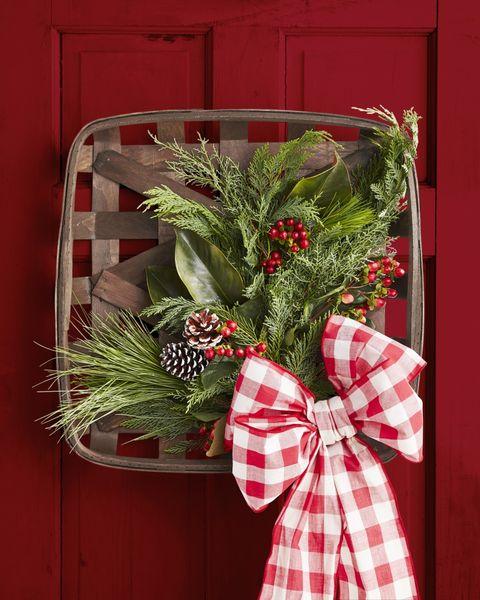 diy christmas decorations basket wreath