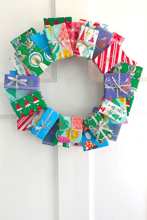 diy christmas door decorations present wreath