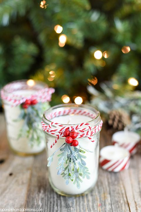 DIY Christmas Gifts - Peppermint Mason Jar Candle