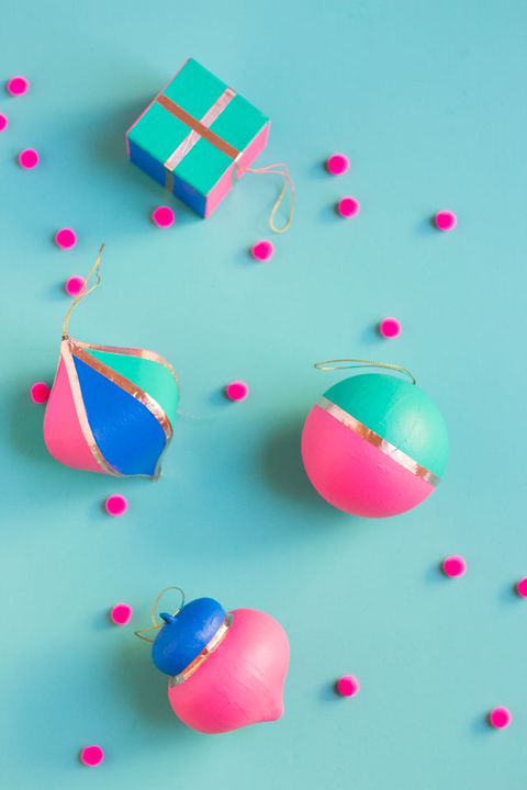 diy christmas ornaments - painted gold foil