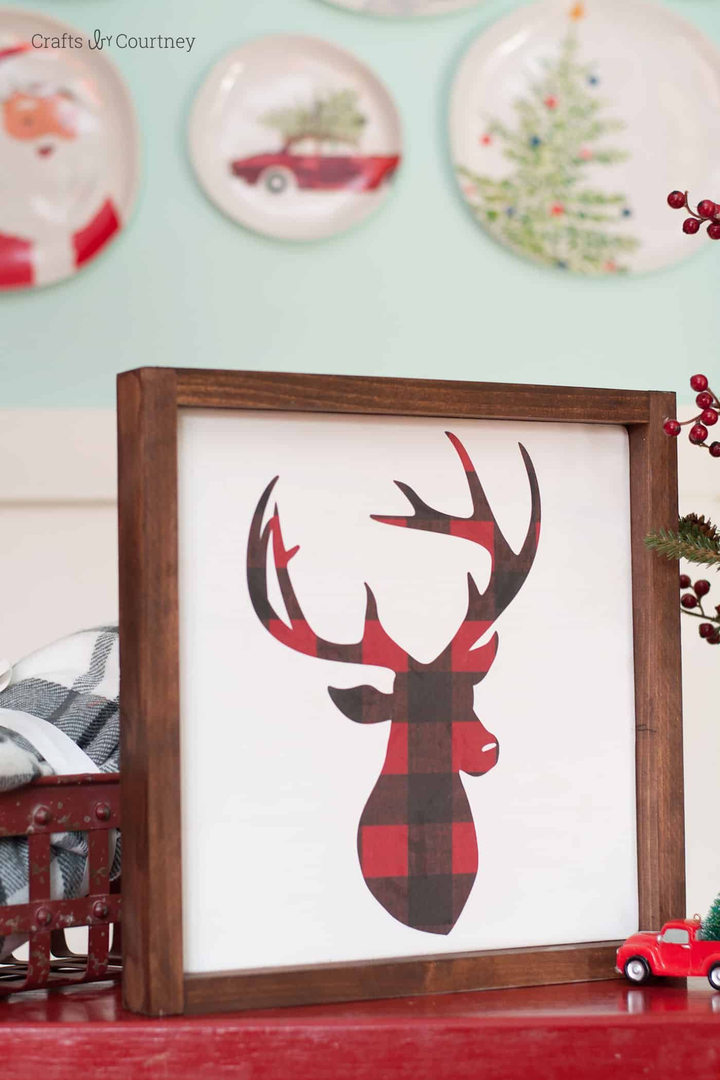 DIY Farmhouse Christmas Sign