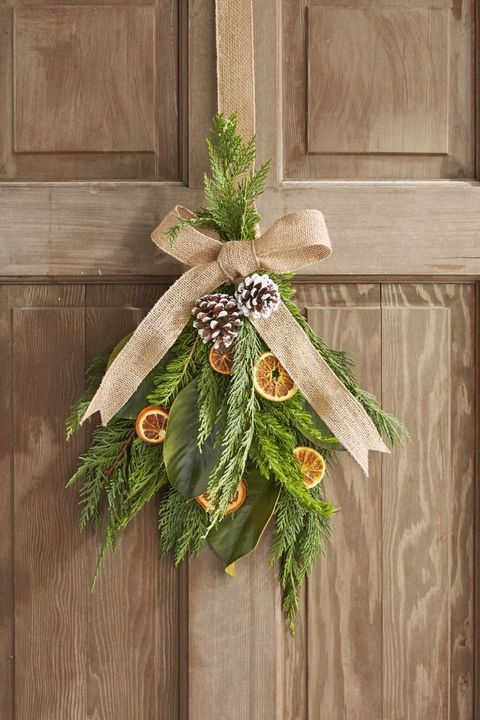 DIY Christmas Window Decorations Citrus Wreath