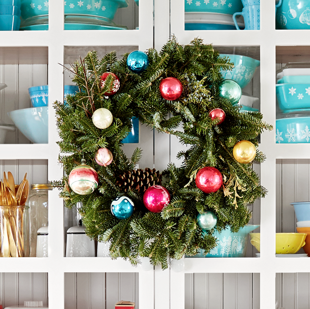 80 Diy Christmas Wreaths How To Make Holiday
