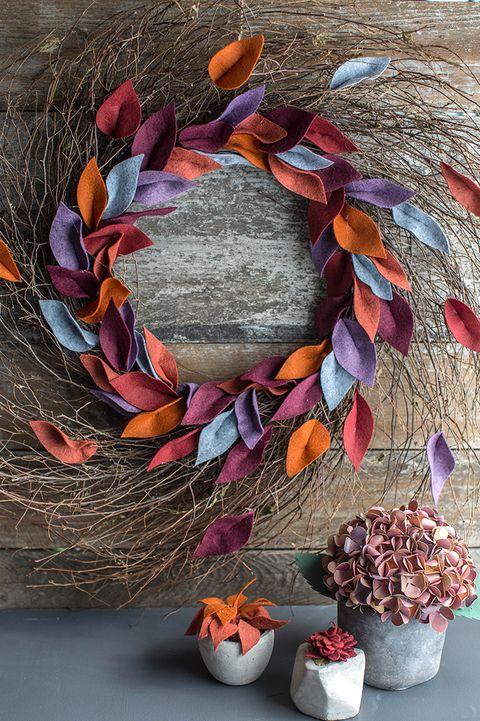 flowerpot, petal, flower, natural material, costume accessory, houseplant, still life photography, floral design, creative arts, craft,