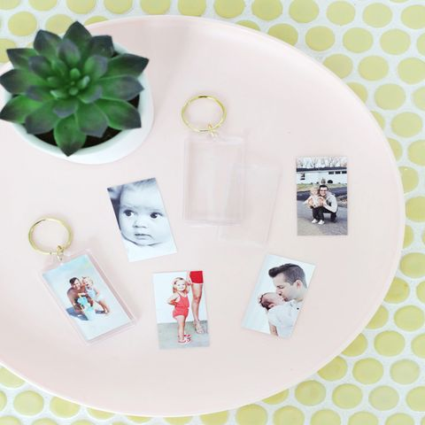 diy fathers day gifts photo keychain