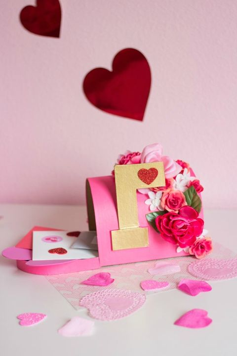 floral diy valentines day boxes