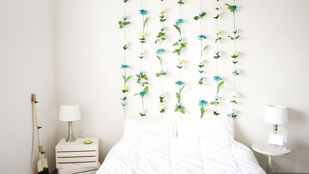 romantic floral wall bedroom