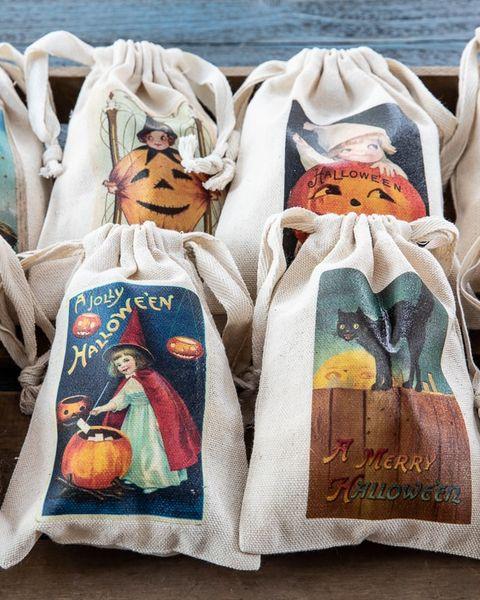 vintage inspired halloween treat bags