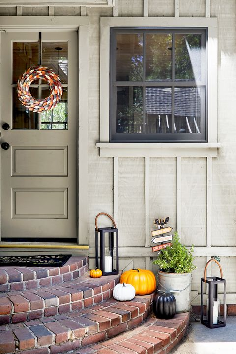 front porch with halloween decor